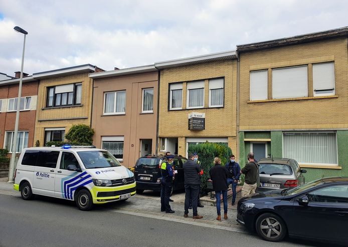 Het incident gebeurde in de Van Heetveldelei in Deurne.