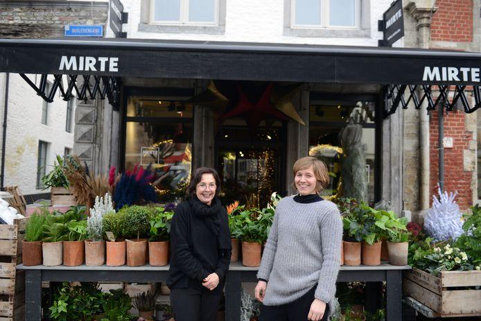 Bloemenzaak Mirte op de Vismarkt blijft bestaan en kan dankzij de vrijgekomen ruimte nog meer planten en bloemen aanbieden aan de klanten.