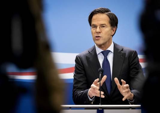 Premier Rutte tijdens voorlopig zijn laatste wekelijkse persconferentie