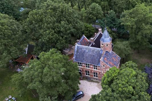 Het kasteel van Schelluinen.