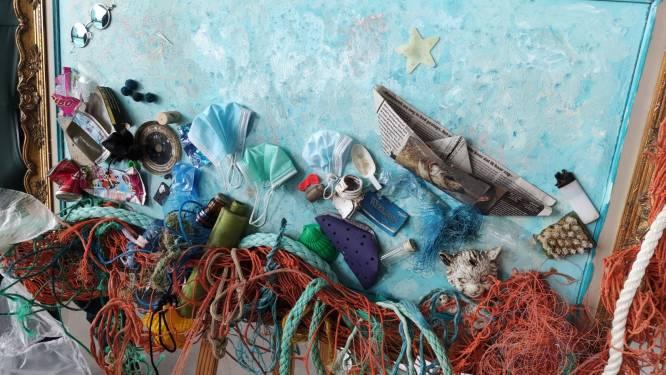 Creatief met gevonden plastic. Nieuwpoort kaart met bijzondere expo afvalprobleem aan