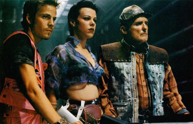Vanaf links: Stephen Dorff, Debi Mazar en Dennis Hopper in Space Truckers van Stuart Gordon. Beeld