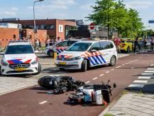 Zwaargewonde bij frontale botsing tussen twee scooters in Tilburg