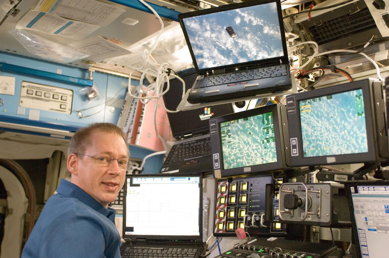 Ruimtevaarder Frank De Winne is ervaringsdeskundige inzake quarantaine. Hij zat zes maanden 'opgesloten' in het ISS. Beeld © JMH-Galaxy Contact