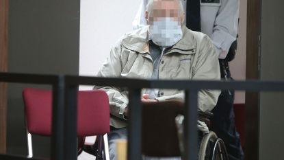 """ASSISEN. Ex-kinesist legt schuld voor dodelijke steekpartij bij Miriam (68): """"Ze was precies een duivel die me aanviel, een demoon"""""""