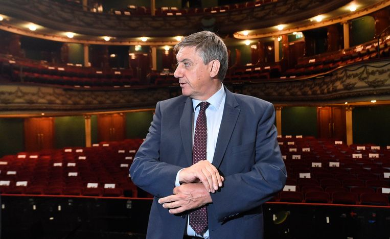 Vlaams minister-president Jan Jambon in de Antwerpse opera Beeld Photo News