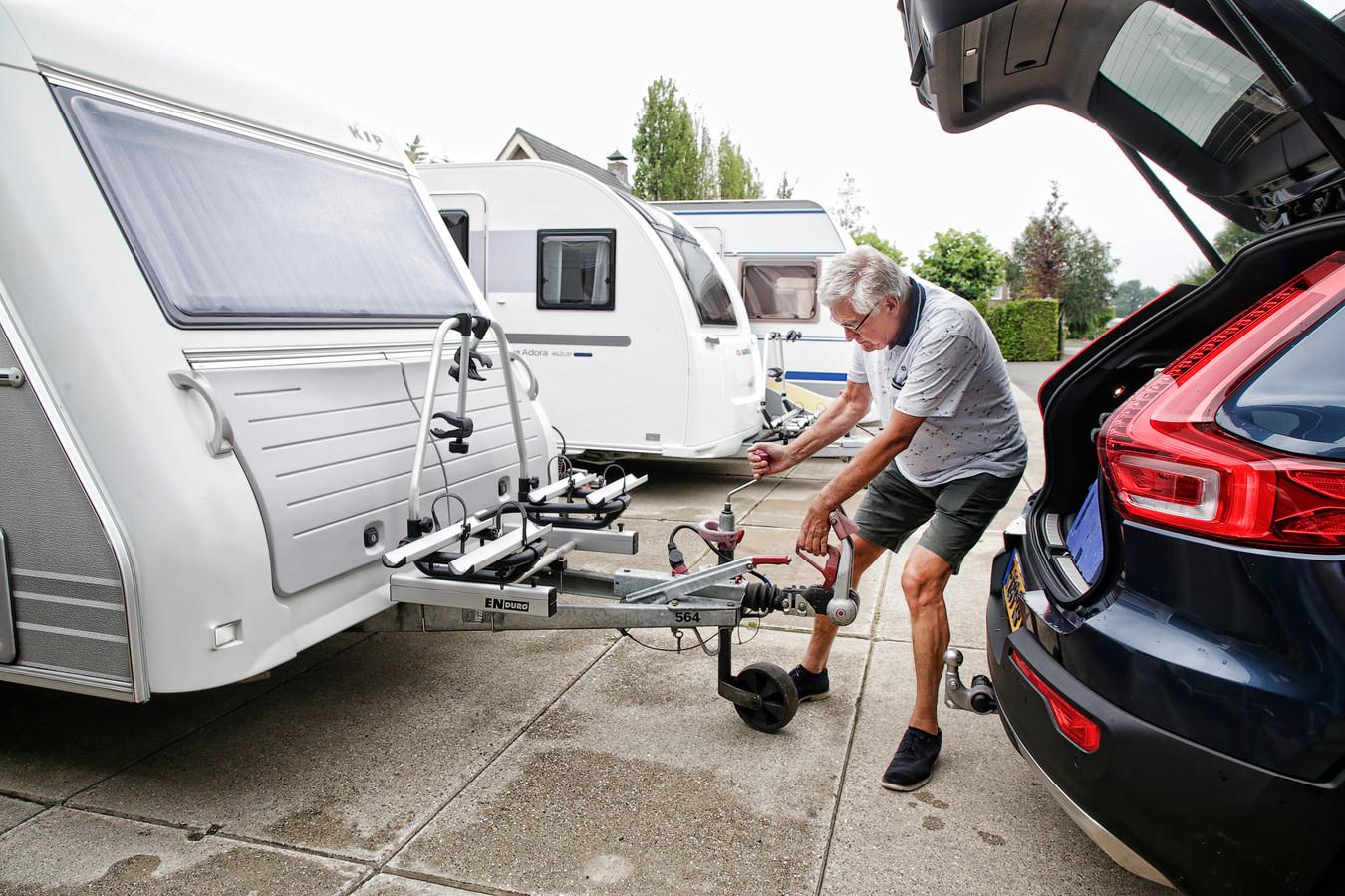 Jan Heijting gaat deze zomer tien dagen naar Domburg met de caravan. In september denkt hij wel weer naar Italië te kunnen.