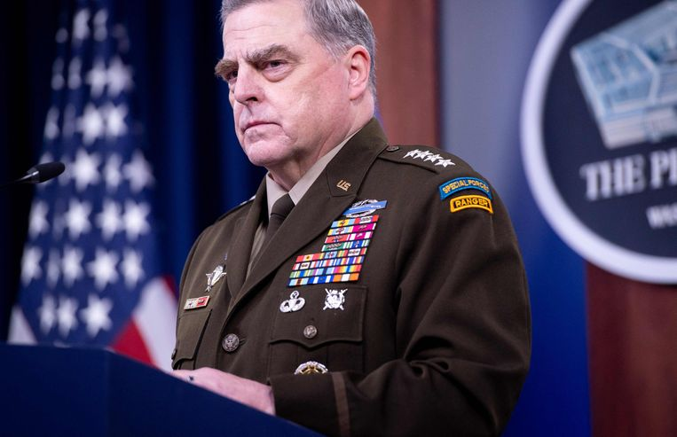 Mark Milley, de hoogste militair van de Verenigde Staten, nam buiten Donald Trump om contact op met China om oorlog te vermijden. Beeld AFP