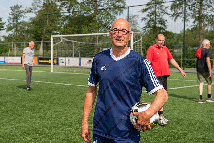 Cor van Bergen Bravenboer uit Bergambacht heeft zitting genomen in de OldStars Walking Football Commissie, een landelijk initiatief.