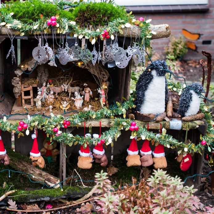 Een van de kerststallen die in 2015 in Liempde buiten stond tijdens de Kribkesroute.