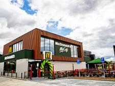 McDonald's in nieuwe Food Court opent zijn deuren