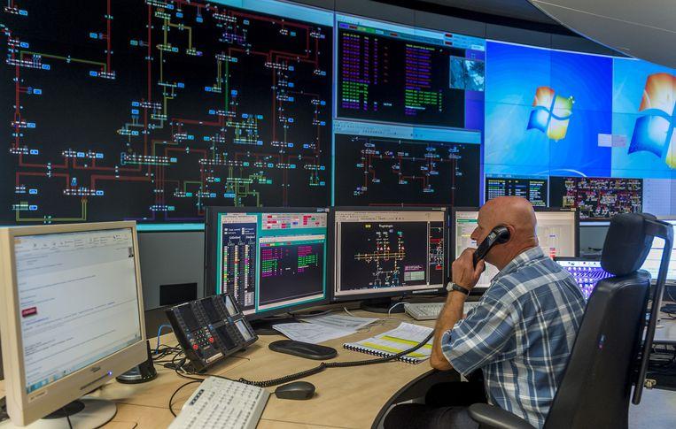 De controlekamer van Liander, de grootste netwerkbeheerder van gas en elektriciteit in Nederland. Beeld anp