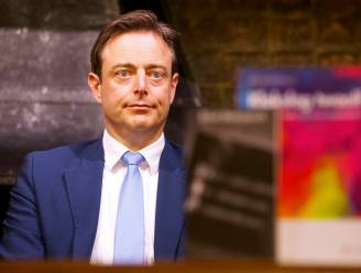 """De Wever: """"Migratiebeleid heeft gefaald, maar kentering ten goede is ingezet"""""""