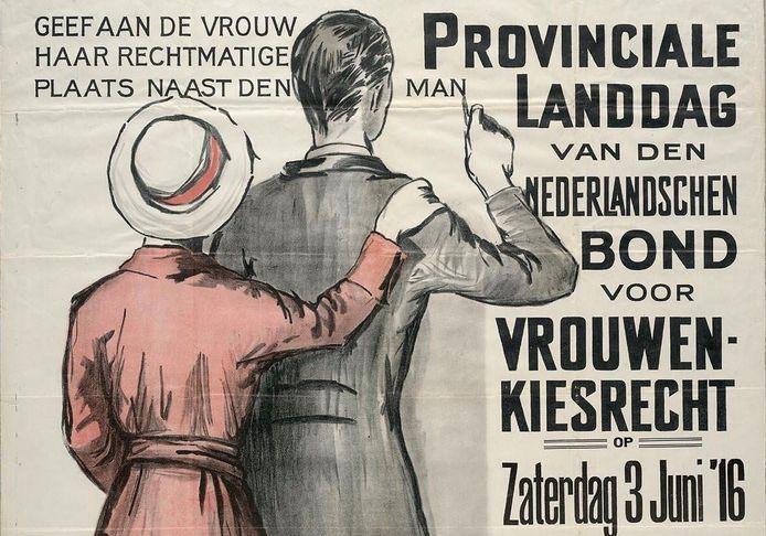 Oproep voor demonstratie voor vrouwenkiesrecht. 'De krant was onmisbaar voor het verspreiden van de strijdpunten voor vrouwenkiesrecht'