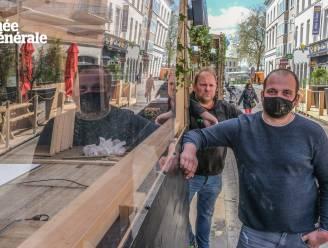 """Kortrijk volgt Van Quickenborne niet in 'verbod' op plexischermen: """"Wij controleren op afstand, niet op plexi"""""""