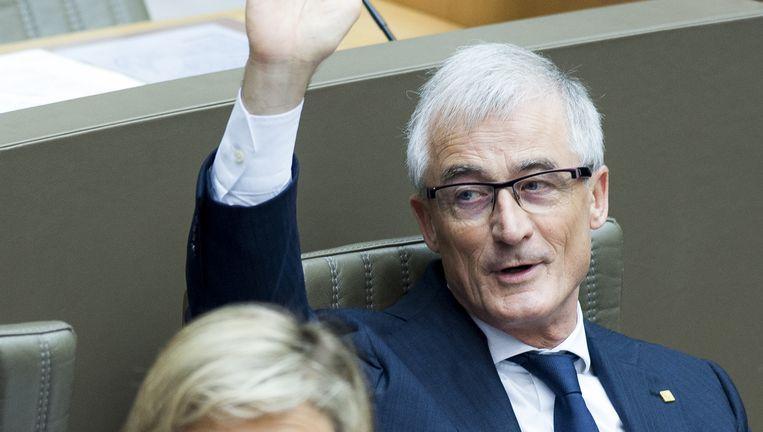 Geert Bourgeois (N-VA) was een van de bezielers van de kinderbijslag. Hij reageerde verontwaardigd op de kritiek. Beeld © Belga