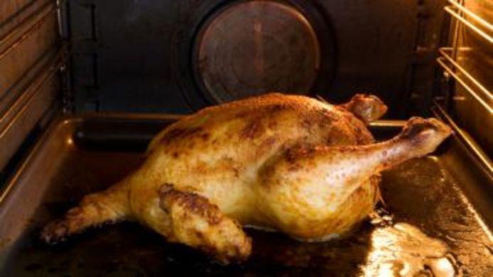 Kip in de oven