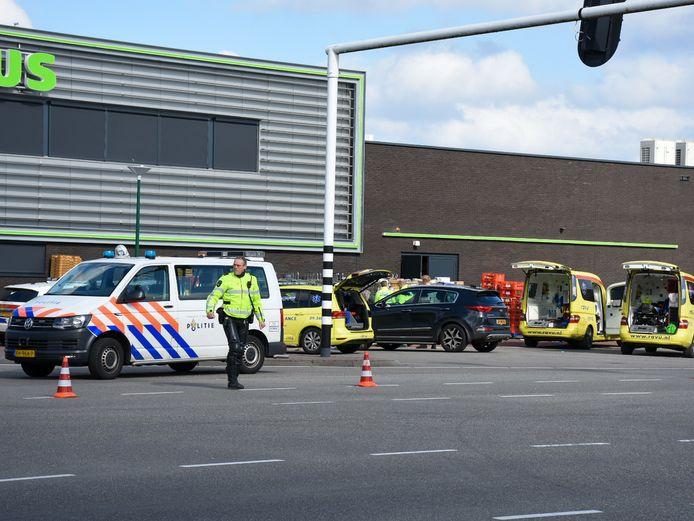De steekpartij zorgde voor veel beroering, veel klanten waren getuige van het incident.