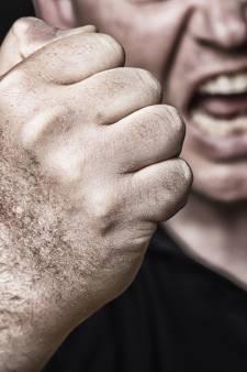 Verstandelijk beperkte man die voetbalster van fiets trapte in Borculo krijgt geen straf