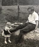 Birgit met haar vader in Zweden