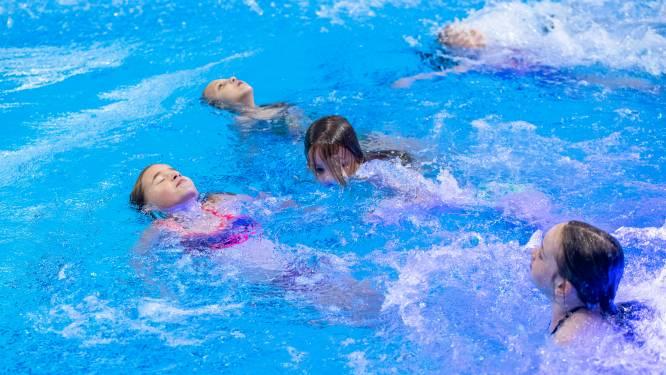 Badjuffrouw Angela pleit voor terugkeer schoolzwemmen in Wageningen: 'Kinderen moeten zich kunnen redden'