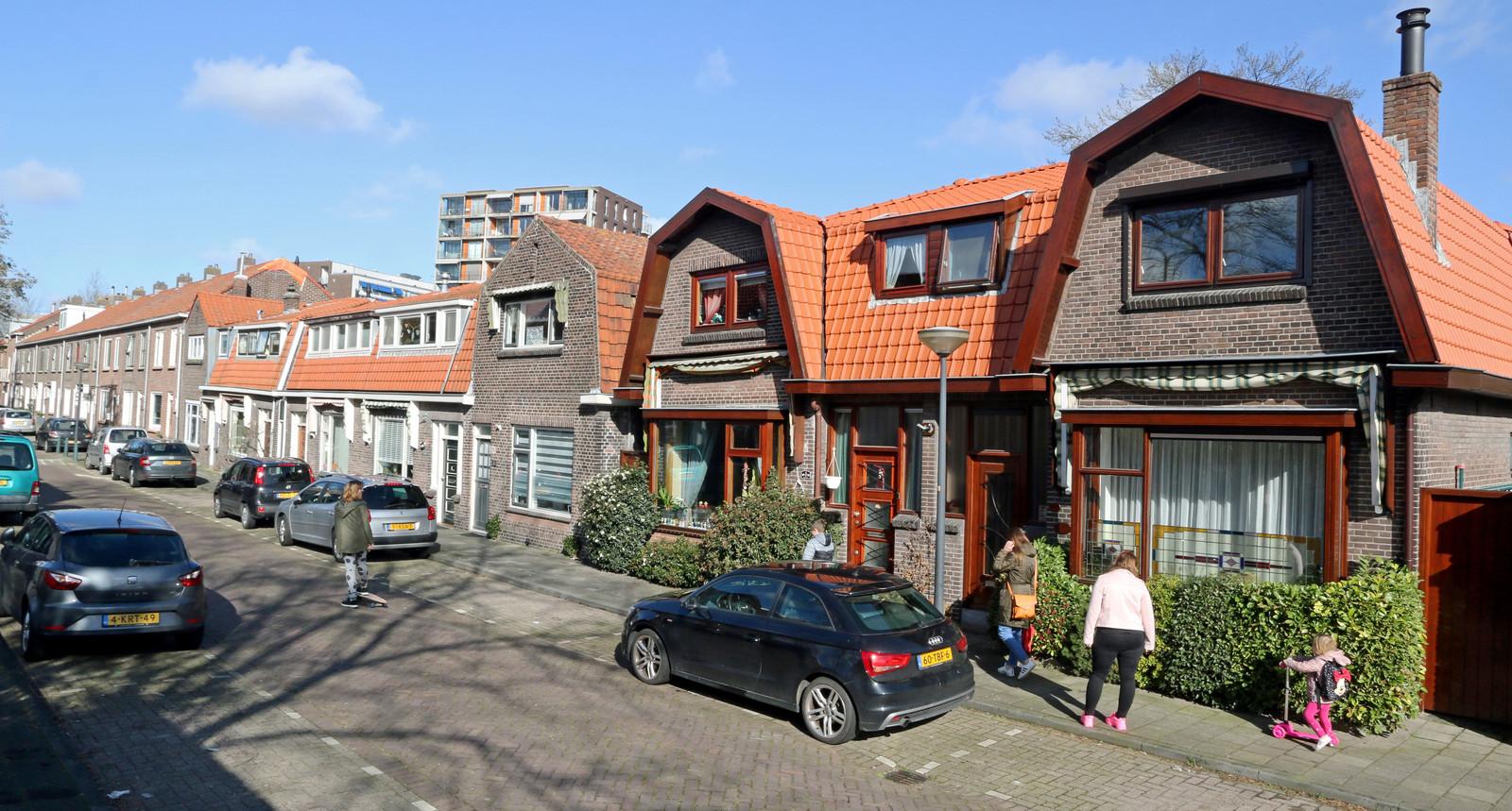 De Groeneweg in het centrum van Vlaardingen, waar Kees van der Staaij, lijsttrekker van de SGP, werd geboren en opgroeide.