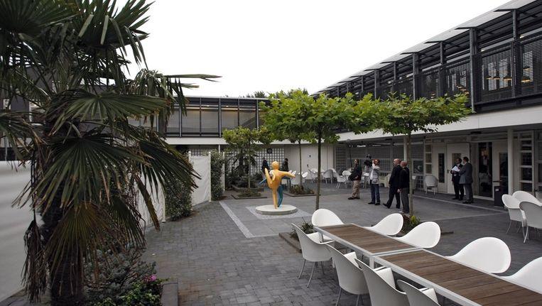 De patio van het personeelsrestaurant in tbs-kliniek De Klijvelanden. Beeld ANP