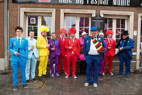 De Zichemse Carnavalsvrienden organiseren een nieuwe carnavalstoet op 22 maart in de gemeente.