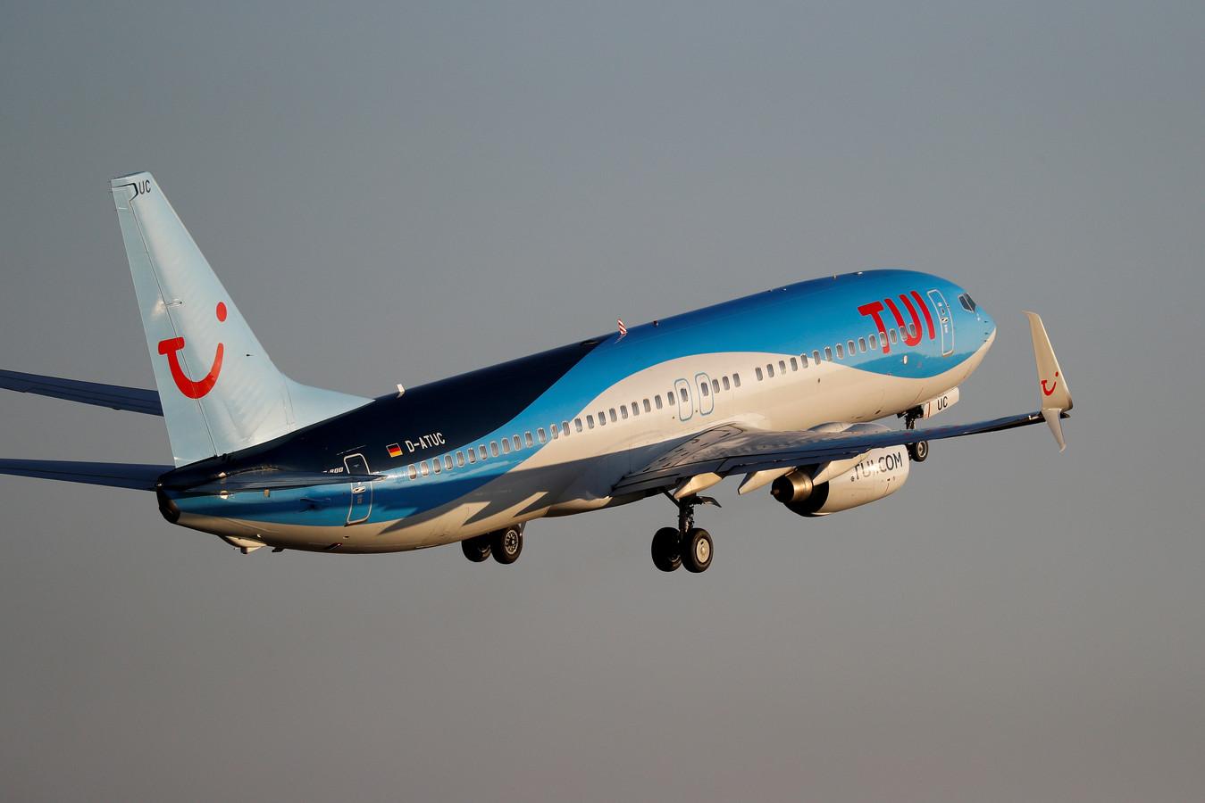 Archiefbeeld van een Boeing van TUI die opstijgt vanop de luchthaven van Palma de Mallorca