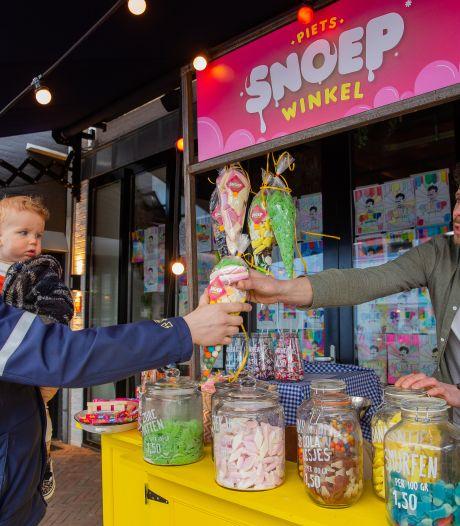 Naast houtovenpizza ook snoeppizza op de Wijchense Markt: 'Het is belangrijk om herkenbaar te blijven in deze tijd'