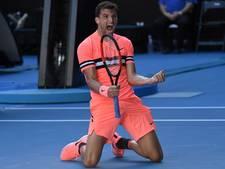 Dimitrov in vier sets door naar achtste finales