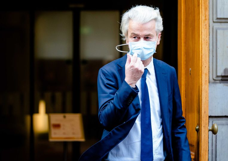 Geert Wilders (PVV) verlaat het ministerie van Algemene Zaken.  Beeld ANP