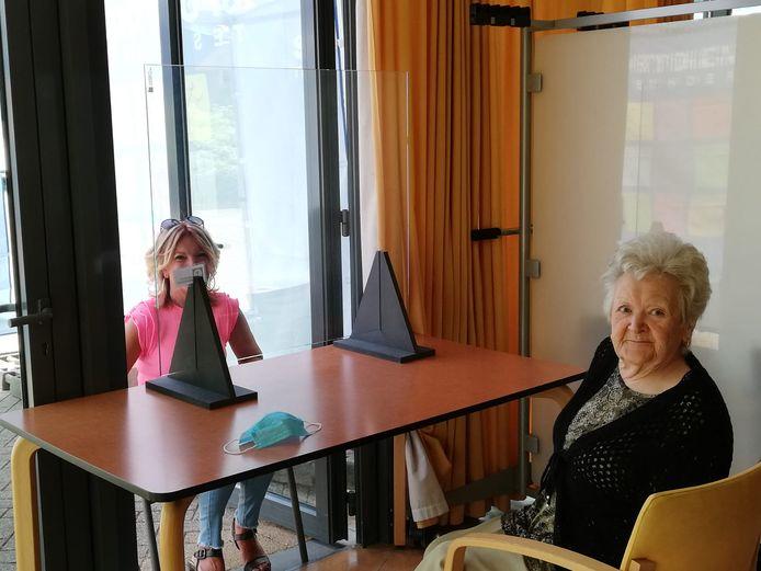 Deze week vond er in WZC Heuvelheem al bezoek volgens de nieuwe maatregelen plaats