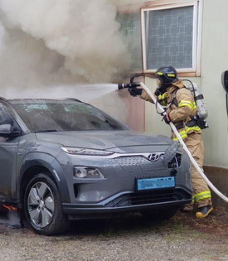 Elektrische auto's en hybrides opeens brandgevaarlijk: wat is er aan de hand?