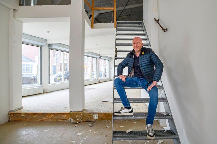 Ondernemer Hajo Bertrand begint een vestiging van SushiPoint in het monumentale pand aan de Stationsstraat 12a in Bergen op Zoom.