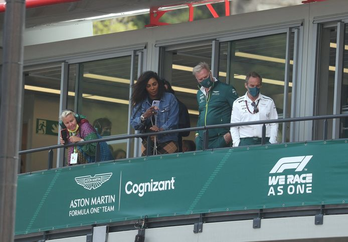 Serena Williams sur le balcon du GP de Monaco ce dimanche.
