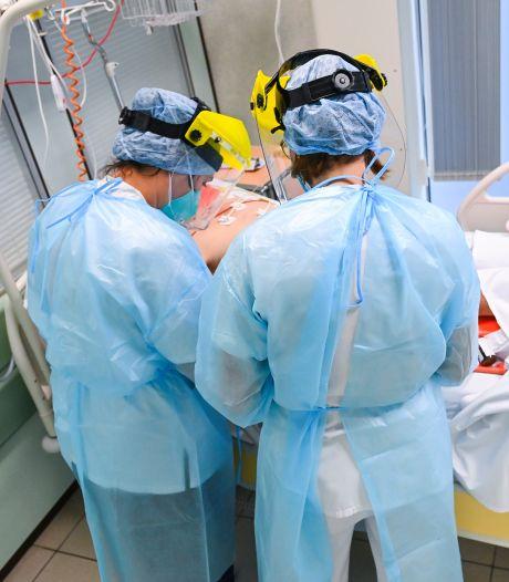 """Une étudiante infirmière a vécu l'enfer de la Covid-19: """"Le plus dur? Le tri des patients"""""""