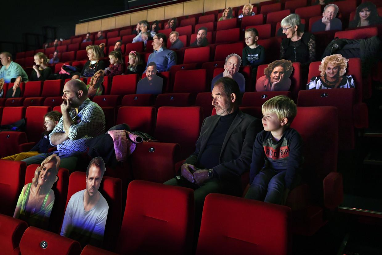 De laatste voorstelling in Theater de Lievekamp in Oss, begin november voordat de theaters vanwege aangescherpte coronamaatregelen weer werden gesloten. Beeld Marcel van den Bergh / de Volkskrant
