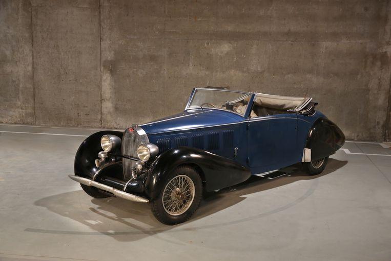 Bugatti 57 Graber Cabriolet (blauw), bouwjaar 1934-1937 met een geschatte waarde van 600.000 euro