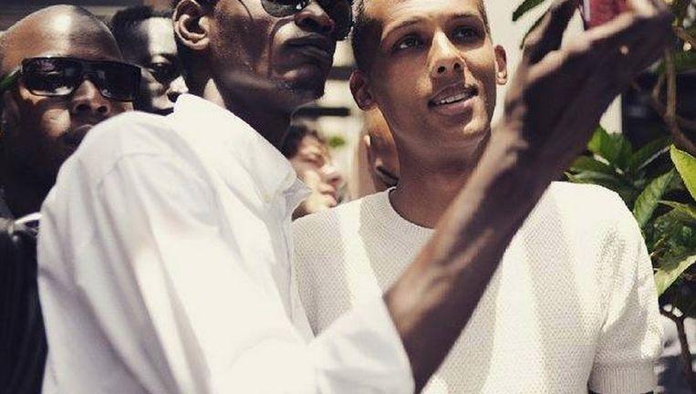 Ook al voelt hij zich meer Europeaan dan Afrikaan, Stromae wordt overal op handen gedragen. 'Laat hem maar gewoon zijn wie hij is.' Beeld © instagram