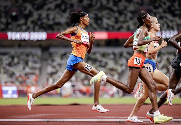 Sifan Hassan tijdens de voorronde 5000 meter in Tokio.  Beeld ANP