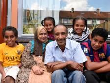 Leven lacht familie Al Mahadi weer toe na vernietigende brand: 'Alles wat je hier ziet, hebben we cadeau gekregen'