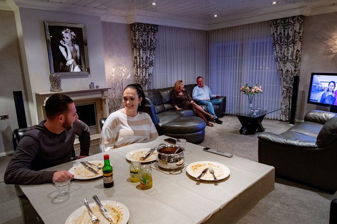 Woningkrapte op de Teersdijk: Yordi woont al drie jaar in bij de ouders van Angela.