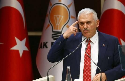 De Turkse premier Yildirim tijdens een toespraak vanmiddag