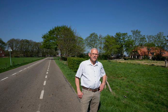 Bertus Rietberg van de Historische Vereniging Steenderen en bestuurslid van Toldieks Belang.