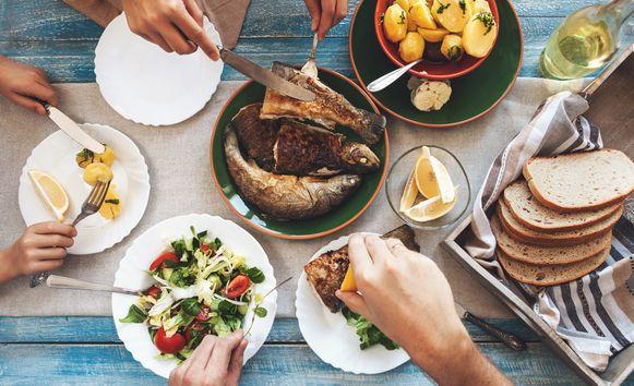 Is brood een dikmaker en zijn eetlustremmers een goed idee? Lieven Maesschalck geeft advies.