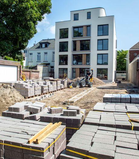 Tien jaar na de brand bij de City Bar staat er een 'stadsvilla' aan de Bisschop Zwijsenstraat