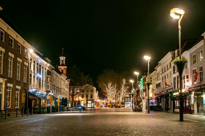 Een uitgestorven Grote Markt in Breda.