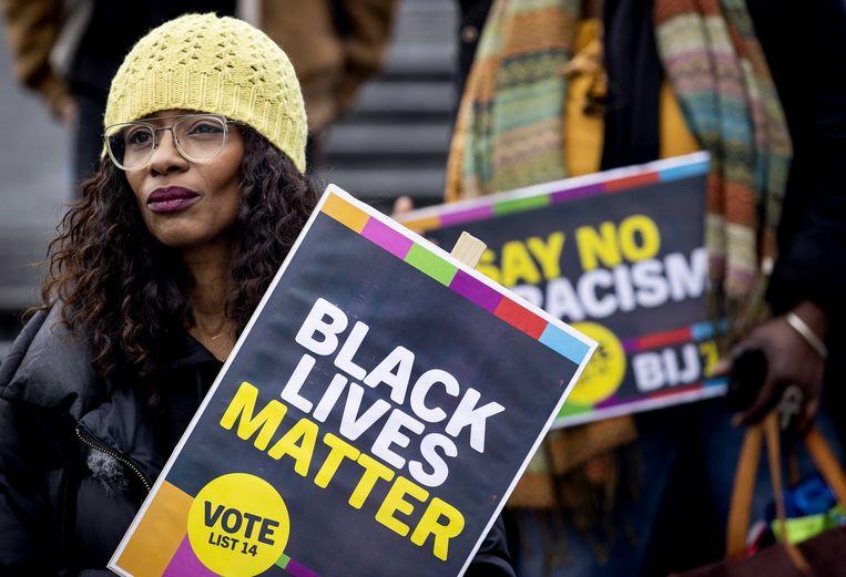 Sylvana Simons van Bij1 voert campagne. Beeld ANP