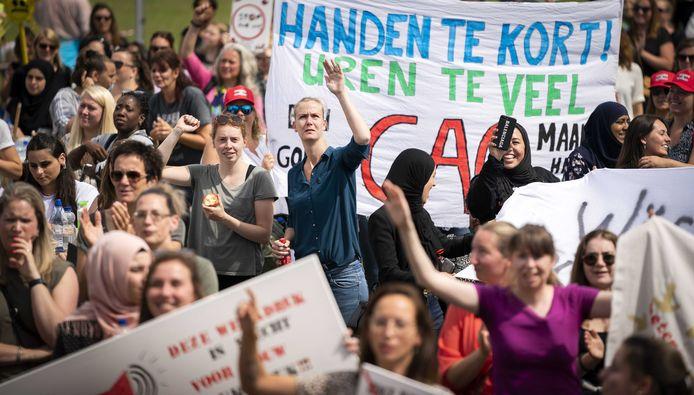 De actievoerders vinden dat er met de werkgevers geen goede afspraken zijn over vermindering van de werkdruk